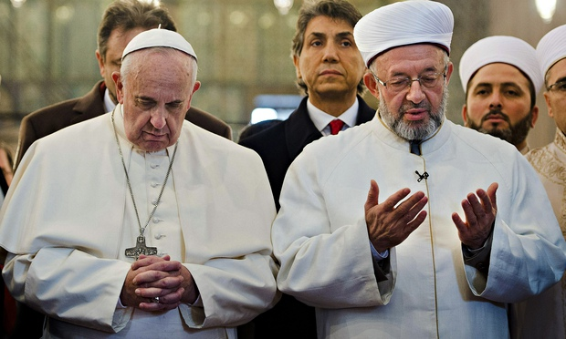 Pope Francis and Grand Mu 012