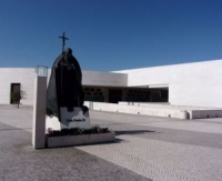 Fatima's New Basilica of the Most Holy Trinity with the Statue of Pope John Paul II made of Bronze