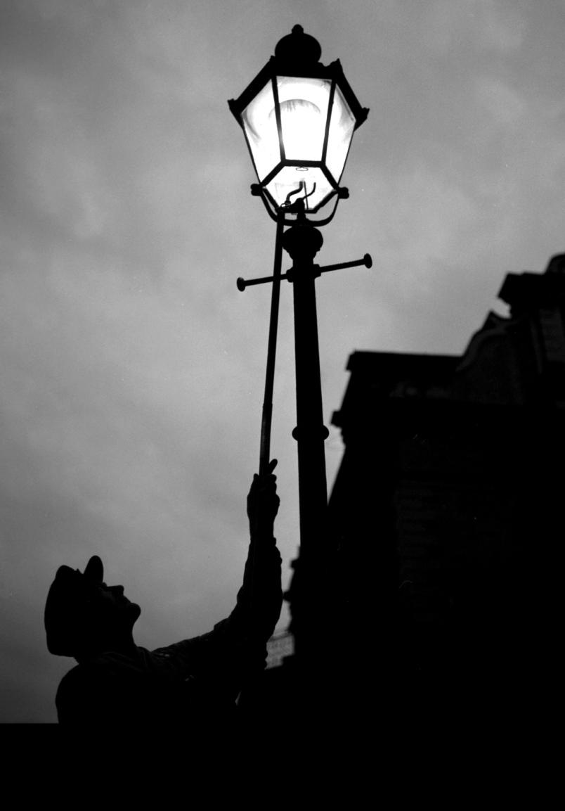 lamp lighter 3