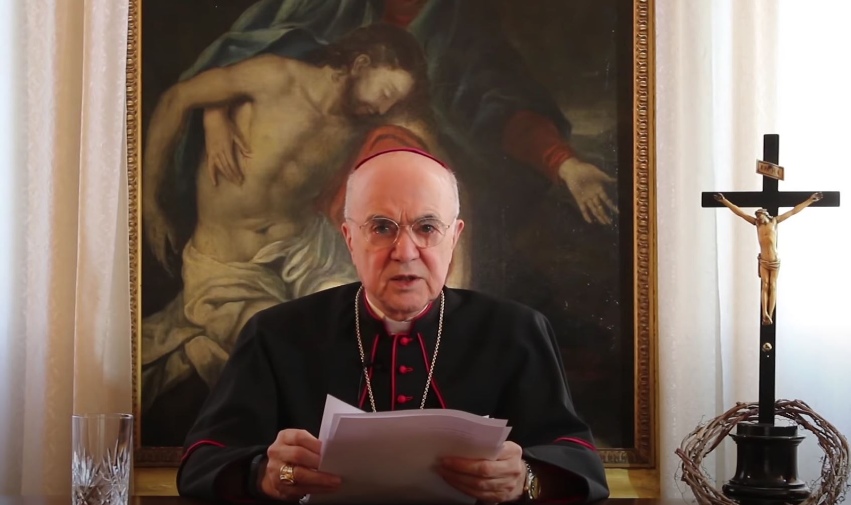 vigano reading letter