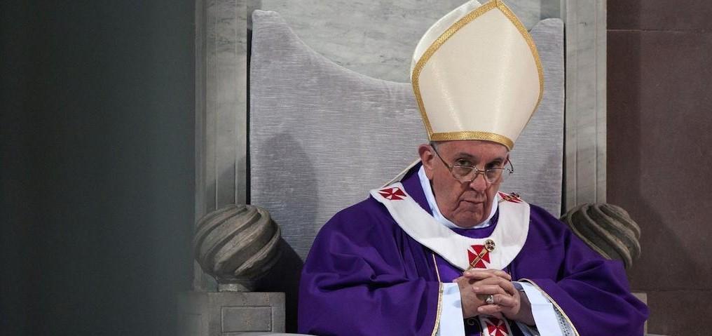 Pope stare