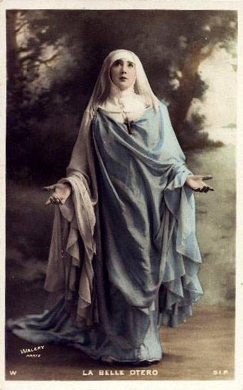 catholic nun looks like Mary