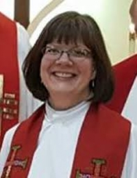 "Lutheran Lady Bishop ""Ordained"" in Catholic Cathedral"