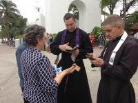 The Power of the Cassock: Fathers Romanoski and Sumich (FSSP) stopped in the streets in Mexico by strangers wanting objects blessed and to learn more about Tradition